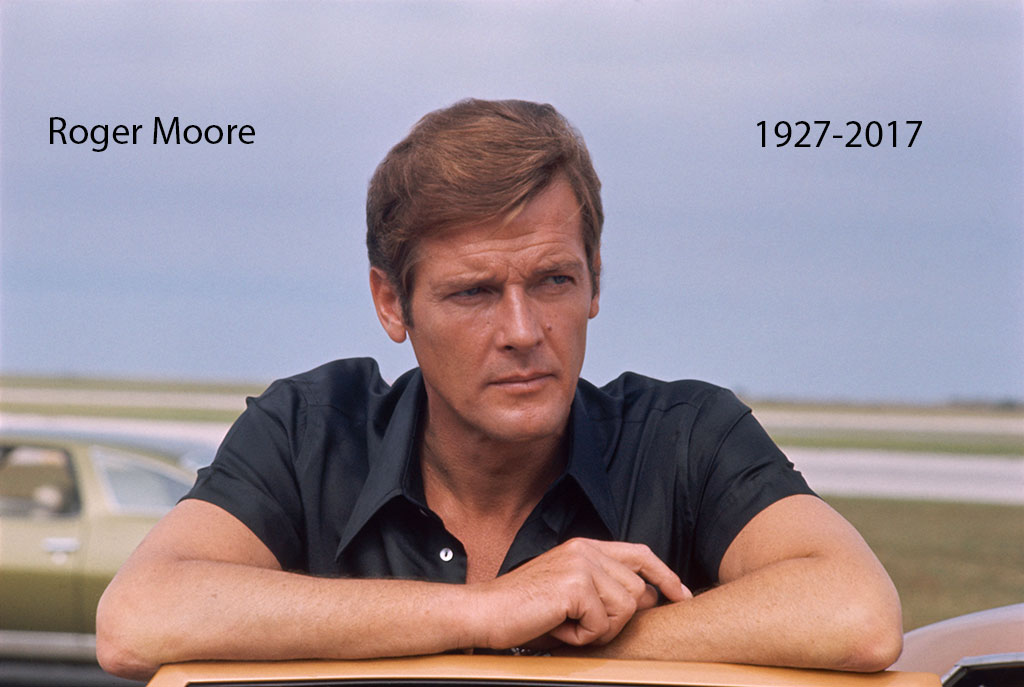Roger-Moore-8pm